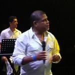 Grupo Afinque cierra el primer día del carnaval de la Metro City con su salsa