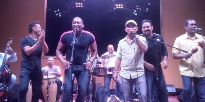 La K-shamba con músicos y cantantes de Puerto Rico en Fantastic Casino