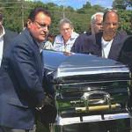 Privacidad en entierro de Cheo Feliciano en Ponce P.R. – Lunes 21 de abril (Ver fotos)