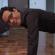 Marc Anthony cambia el #icebucketchallenge por pechadas a $50.00 cada una