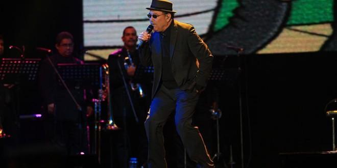 Rubén Blades hizo bailar a miles de peruanos en la Feria del Hogar