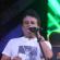 Roberto Duran cantando y gozando en el Carnaval de Panamá