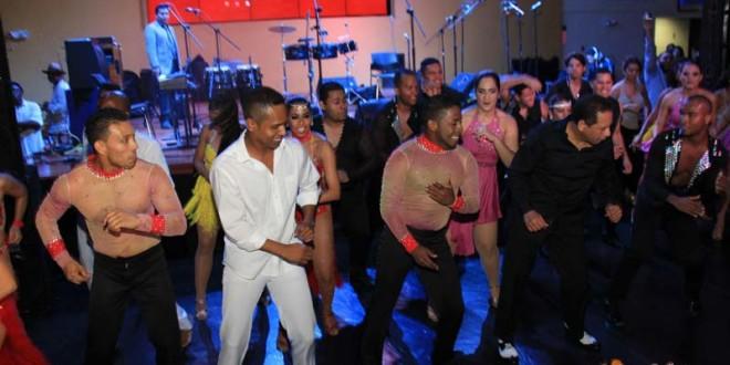Academias de baile le rinde tributo a la Kshamba