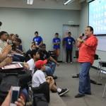 Tony Vega conversa sobre su vida con estudiantes en el Panamá Jazz Fest